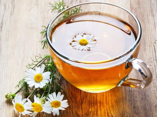 Một vài công dụng tuyệt vời của trà hoa cúc 1