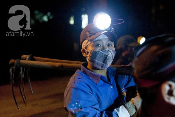 """Bãi rác 4.000 tấn ở Nam Sơn: """"Cánh đồng bội thu"""" của những người khốn khổ 4"""