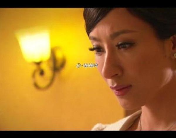 Mũi của Dương Di - Ảnh Hậu TVB 2012 ngày càng... đáng sợ 13