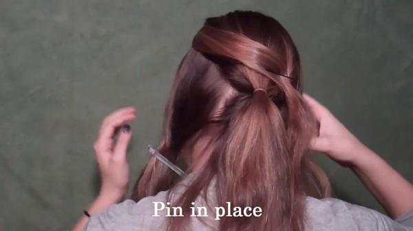 Tự thực hiện 3 kiểu tóc duyên dáng và gọn gàng tới công sở 6