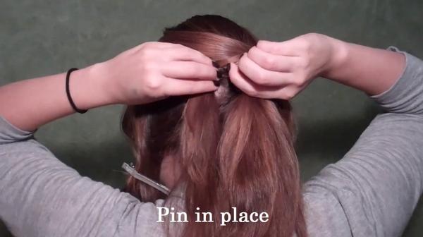 Tự thực hiện 3 kiểu tóc duyên dáng và gọn gàng tới công sở 7