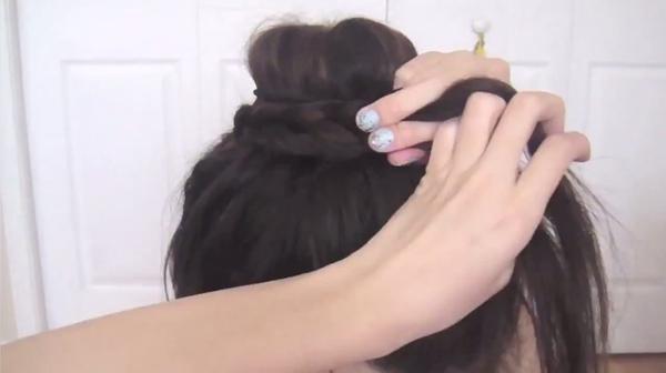 Tự thực hiện 3 kiểu tóc duyên dáng và gọn gàng tới công sở 30