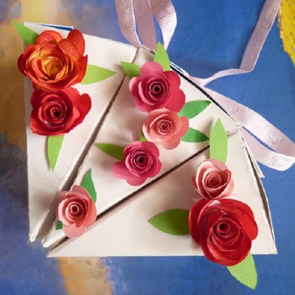 Làm hộp đựng quà hình bánh gato dễ mà đẹp 8
