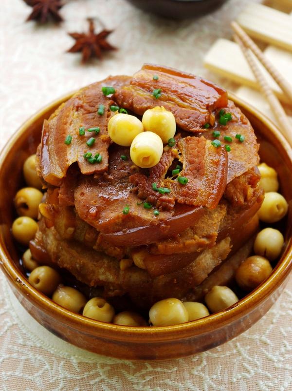 Thịt hấp hạt sen lạ miệng ngon cơm 13
