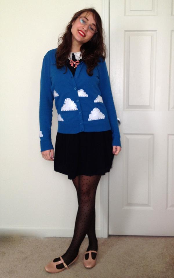 3 bước đơn giản trang trí áo len dễ thương 8