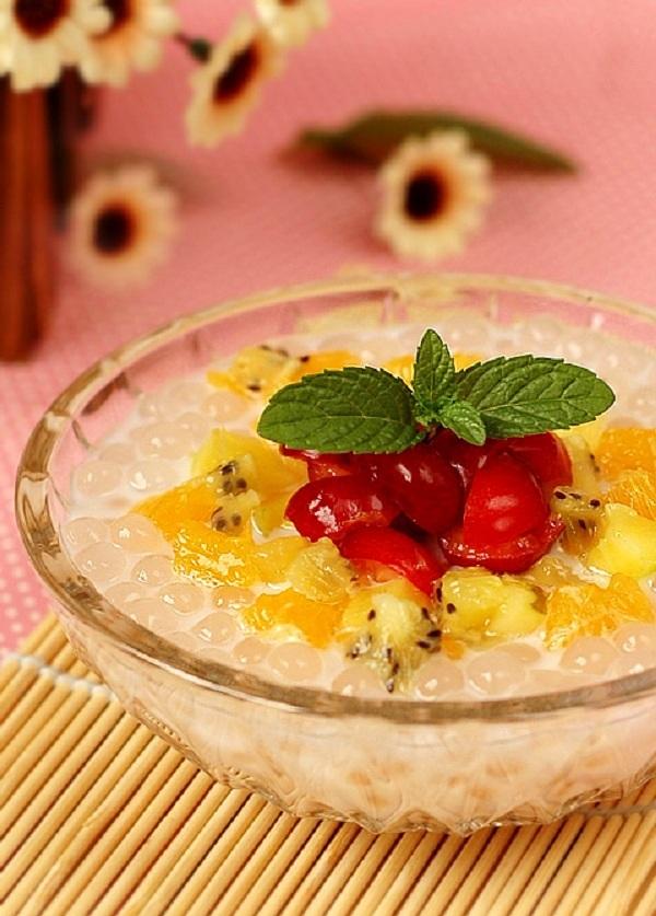 3 bước đơn giản làm chè hoa quả thơm mát 9