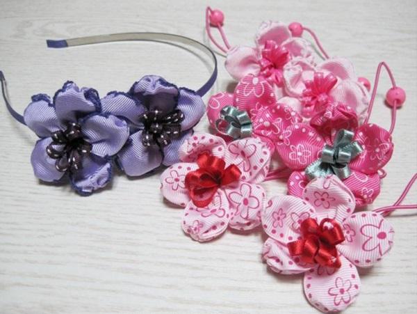 Mẹ làm dây buộc tóc bông hoa xinh tặng bé 10