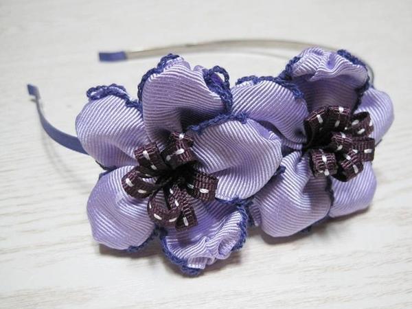 Mẹ làm dây buộc tóc bông hoa xinh tặng bé 9