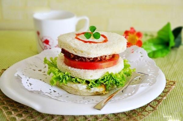 Bánh sandwich bò cho bữa sáng cuối tuần 13
