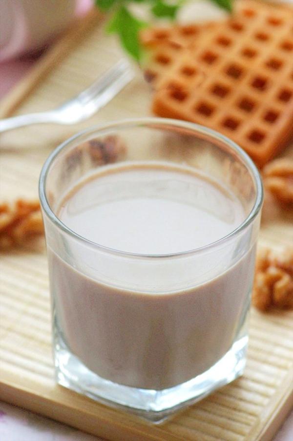 Cách làm sữa đậu nành thơm ngon đặc biệt cho hè này 8