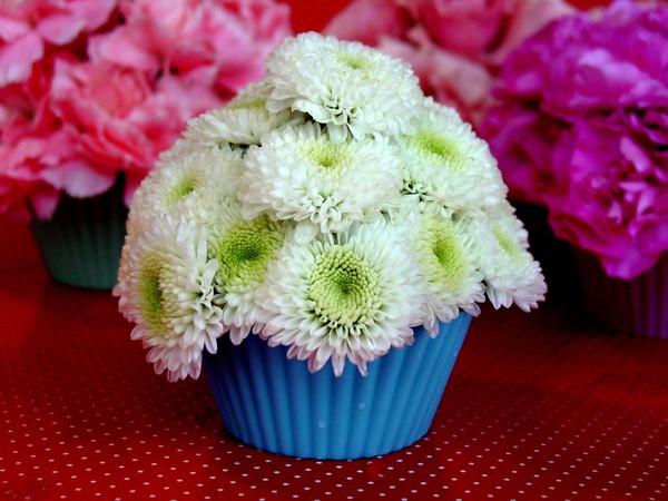 Đáng yêu kiểu cắm hoa hình bánh cupcake 11