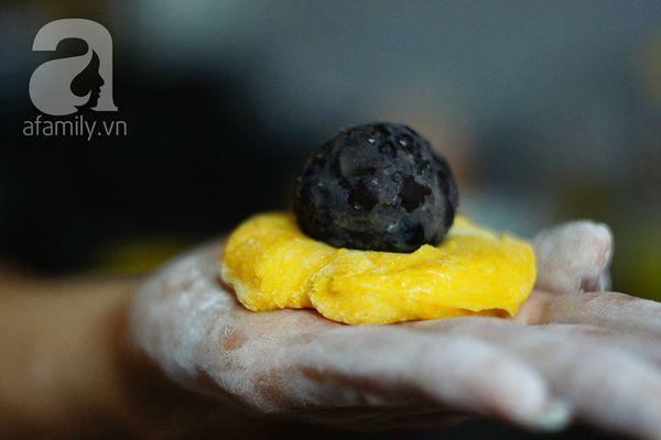 Cách làm bánh mochi bí đỏ thơm ngon mềm mịn 19