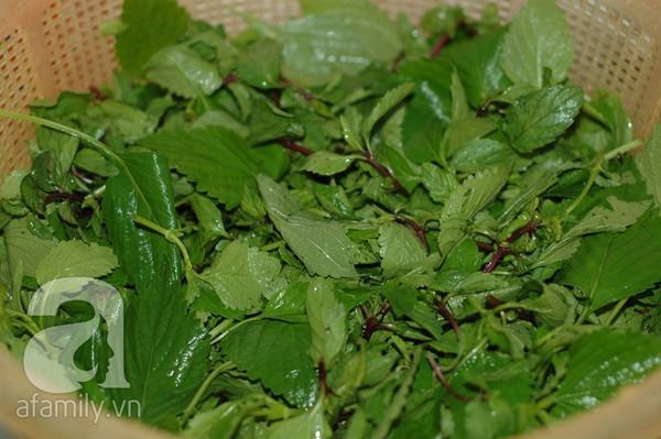 Giòn mát món nộm tai heo hoa chuối 12
