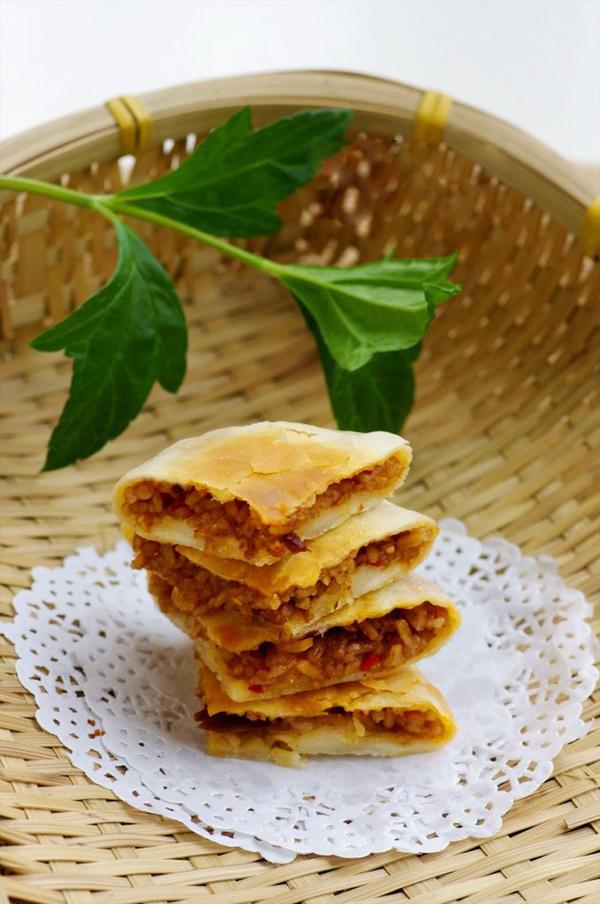 Tận dụng cơm nguội làm bánh rán ăn sáng cực ngon 1