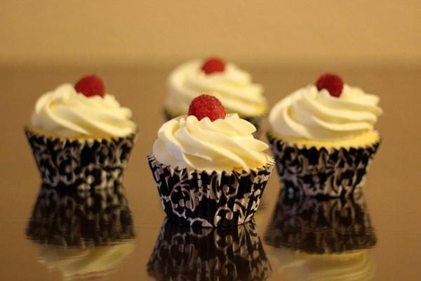 Cupcake chanh chua thơm hấp dẫn 1