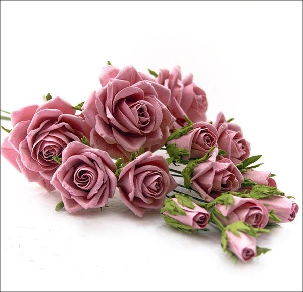 Hướng dẫn làm hoa hồng giấy đơn giản mà đẹp mắt 1