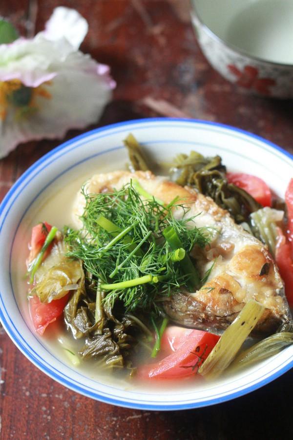 Canh cá nấu dưa chua ngon cho bữa tối 20