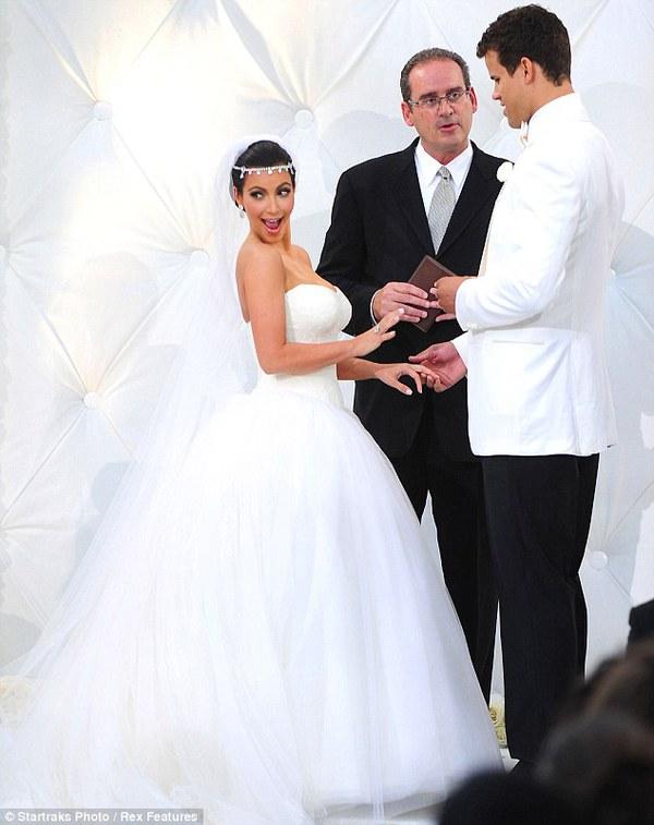 Những đám cưới xa hoa bậc nhất của các ngôi sao 7
