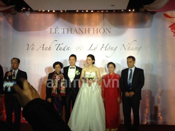 MC Anh Tuấn cưới vợ kém 14 tuổi 3