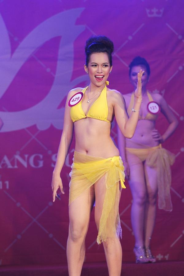 Những cặp chị em xinh đẹp nổi tiếng của showbiz Việt 8