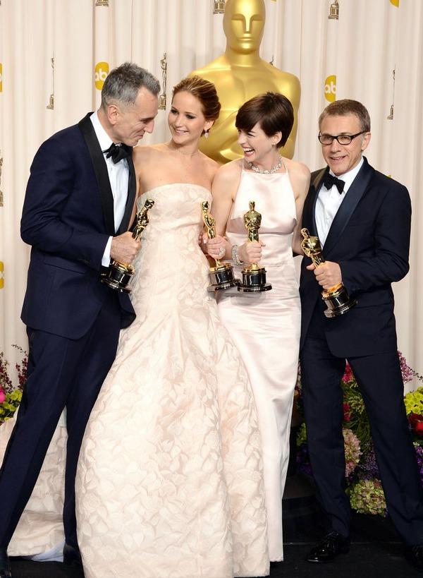 "Oscar 2013: ""Argo"" đoạt giải Phim hay nhất năm 21"