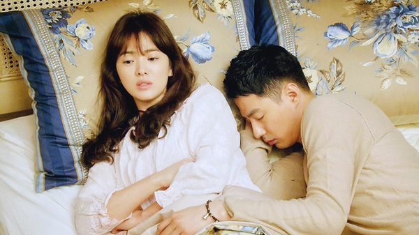 """Oh Soo thú nhận yêu Oh Young trong """"Ngọn gió đông"""" 1"""