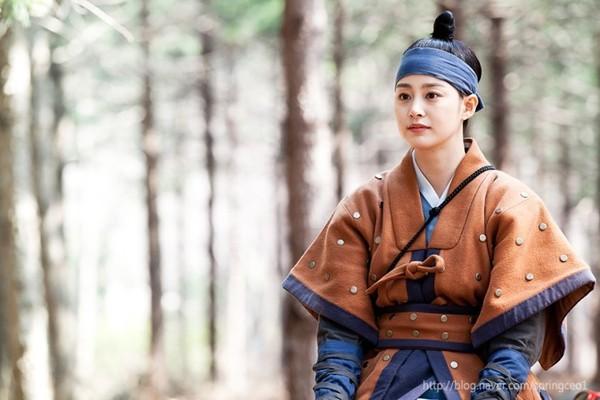 Kim Tae Hee rơi nước mắt vì Yoo Ah In 6