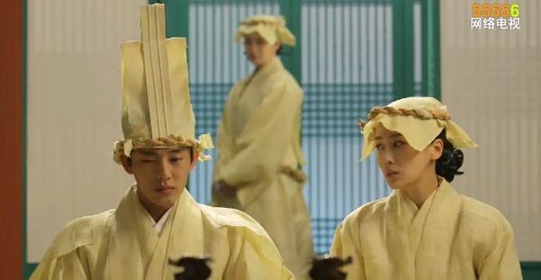 """Ok Jung"" Kim Tae Hee mang thai vẫn bị Vua lạnh nhạt 3"