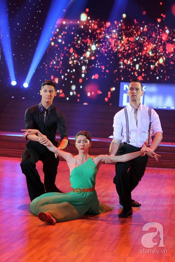 Bước nhảy hoàn vũ: Giám khảo bật khóc vì Ngọc Quyên 19