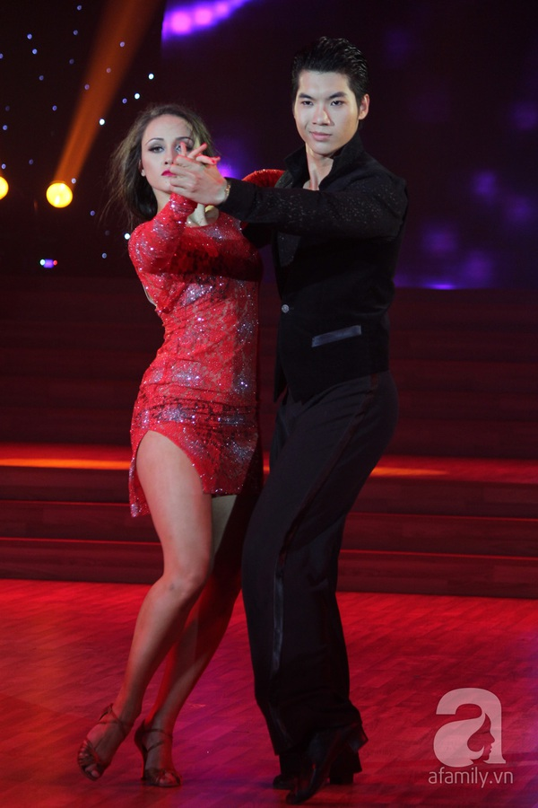 Bước nhảy hoàn vũ: Giám khảo bật khóc vì Ngọc Quyên 25