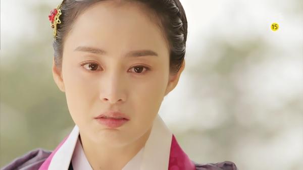 """""""Jang Ok Jung"""": Kim Tae Hee động phòng cùng Yoo Ah In 8"""