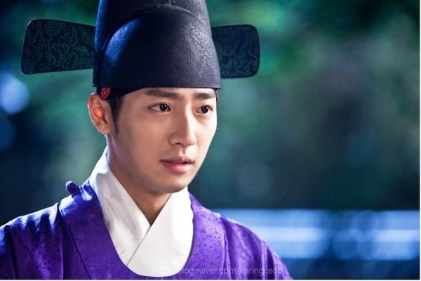 """""""Ok Jung"""" Kim Tae Hee thay đổi sau khi thành Hoàng hậu 13"""