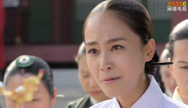 """""""Ok Jung"""" Kim Tae Hee thay đổi sau khi thành Hoàng hậu 3"""