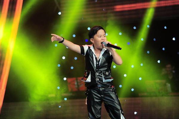 Con gái Chiều Xuân chinh phục cả 4 HLV Giọng hát Việt nhí 9