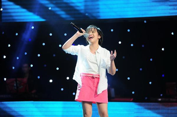 Con gái Chiều Xuân chinh phục cả 4 HLV Giọng hát Việt nhí 8