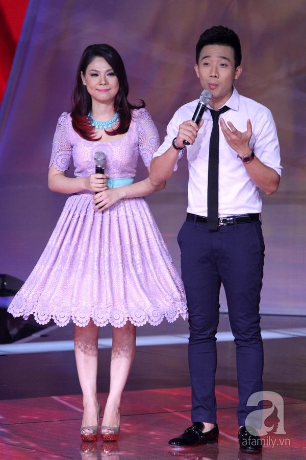 """The Voice Kids Liveshow 1: Nguyễn Quang Anh """"lên đồng"""" với """"Chiếc khăn Piêu"""" 9"""
