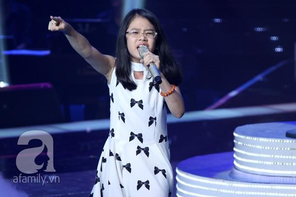 Liveshow 3: Thí sinh The Voice Kids khóc nức nở khi hát về cha 7