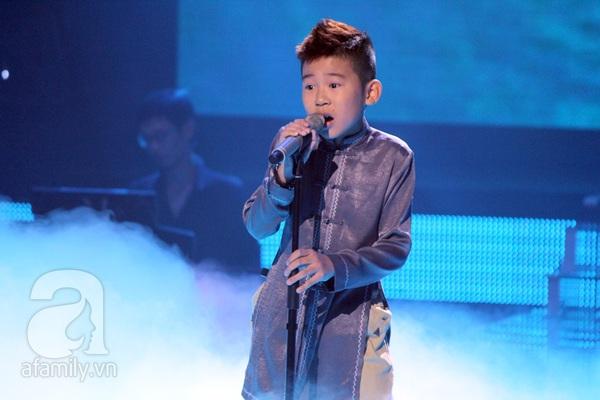 The Voice Kids: Quang Anh cực chất với màn diễn quá chuyên nghiệp 8