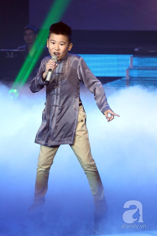 The Voice Kids: Quang Anh cực chất với màn diễn quá chuyên nghiệp 9