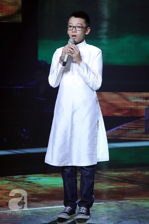 The Voice Kids: Quang Anh cực chất với màn diễn quá chuyên nghiệp 12