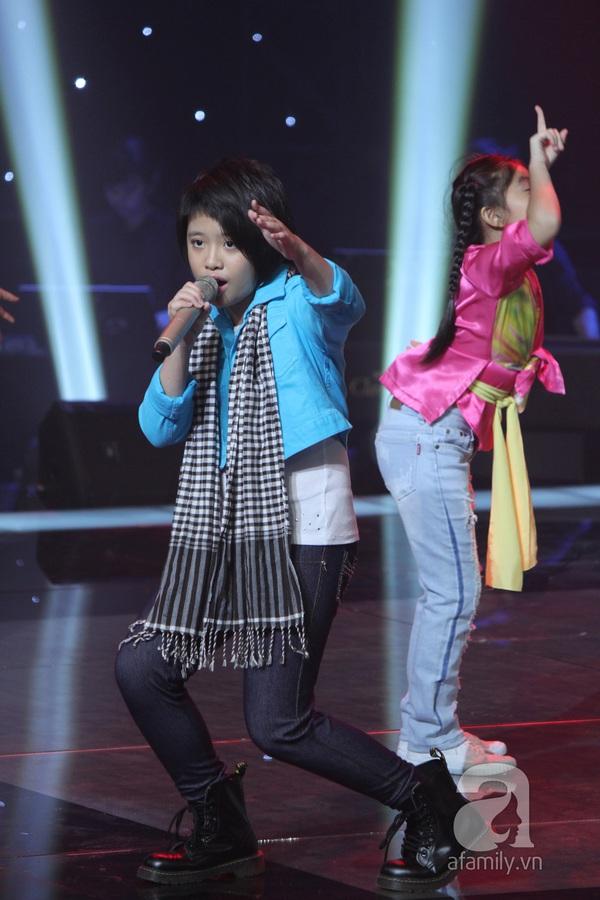 The Voice Kids: Quang Anh cực chất với màn diễn quá chuyên nghiệp 21