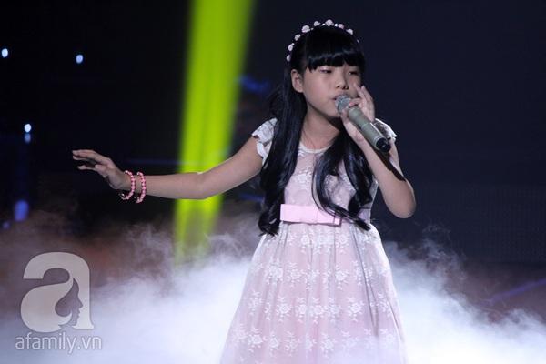 The Voice Kids: Quang Anh cực chất với màn diễn quá chuyên nghiệp 24