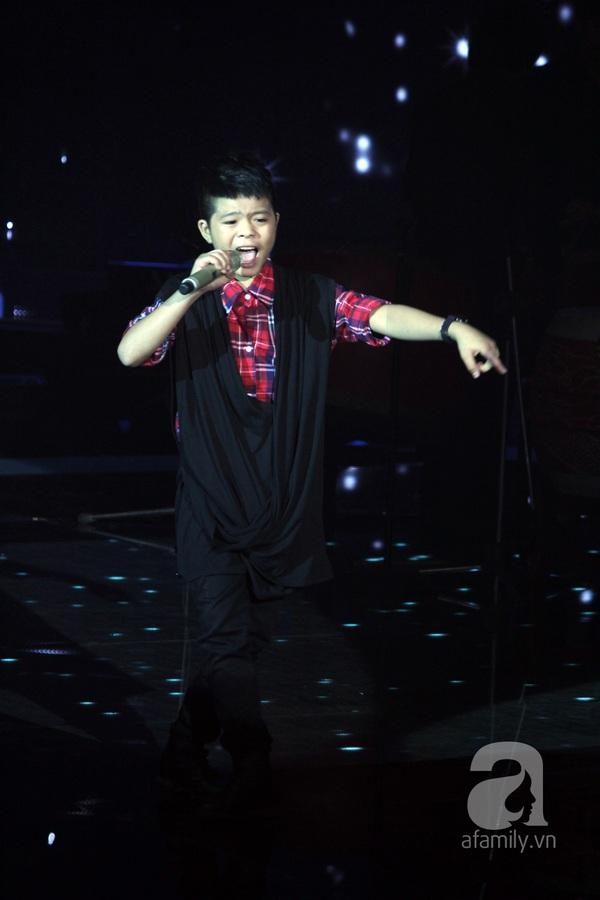 The Voice Kids: Quang Anh cực chất với màn diễn quá chuyên nghiệp 6