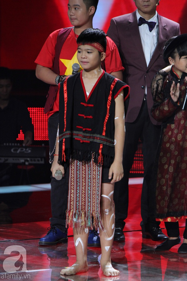 The Voice Kids: Quang Anh, Mỹ Chi, Ngọc Duy thẳng tiến Chung kết 4
