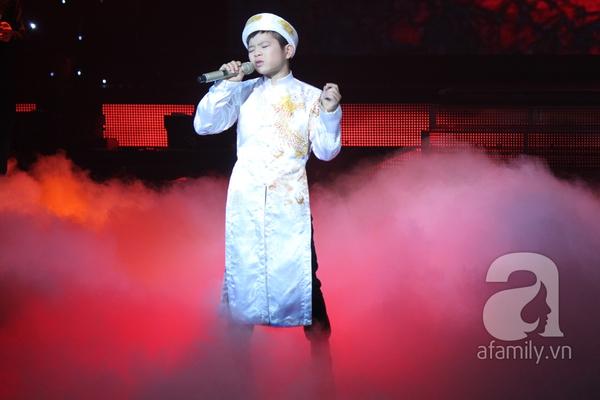 Nguyễn Quang Anh đăng quang Quán quân The Voice Kids 2013 15