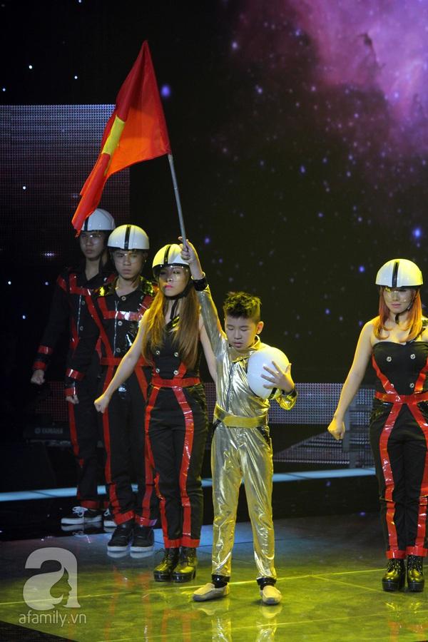 Nguyễn Quang Anh đăng quang Quán quân The Voice Kids 2013 25