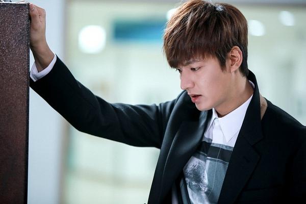 """Lee Min Ho """"phát điên"""" vì để mất Park Shin Hye 6"""