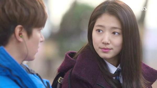 """""""Kim Tan"""" Lee Min Ho công bố người yêu trước báo giới 1"""