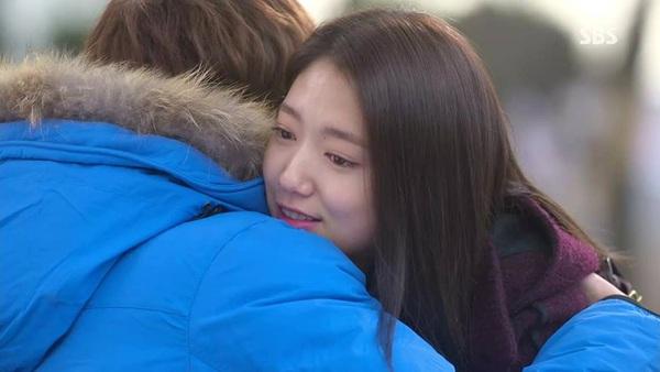 """""""Kim Tan"""" Lee Min Ho công bố người yêu trước báo giới 3"""