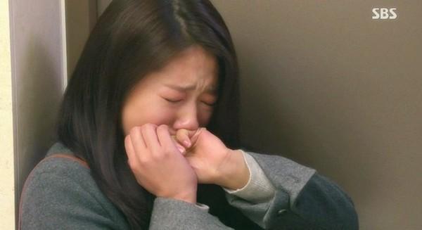 """Lee Min Ho """"phát điên"""" vì để mất Park Shin Hye 5"""